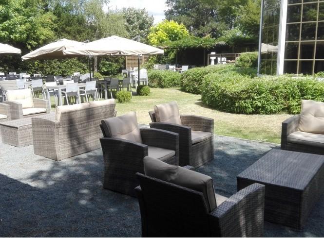 De lente op het terras bij restaurant Guzto