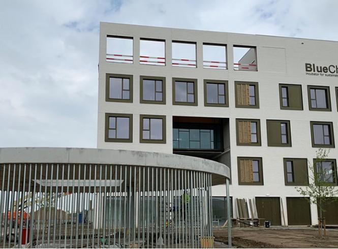 Eerste start-ups nemen intrek in chemie-incubator BlueChem in Antwerpen