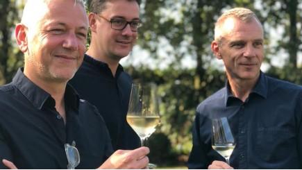 © Vinetiq – de oprichters, vlnr  Johan Stoffels, Pieter Raeymaekers en Jan Van Lancker