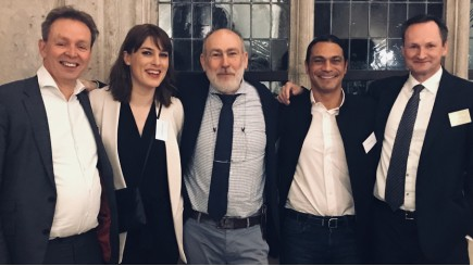Professor Lex Van Teeffelen, Marie Depelssemaker (Transeo), Chris Raman (V4G), Doctor Abdu Gnaba & Eric De Bruyckere (V4G)