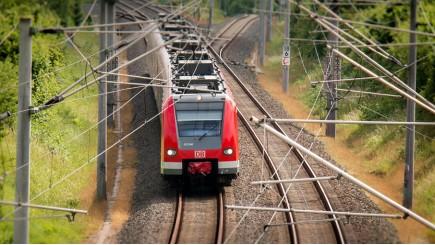 Spoor- en transportfederaties pleiten voor overslagcheque