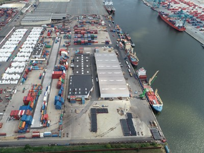 Laden en lossen van schepen (stevedoring)